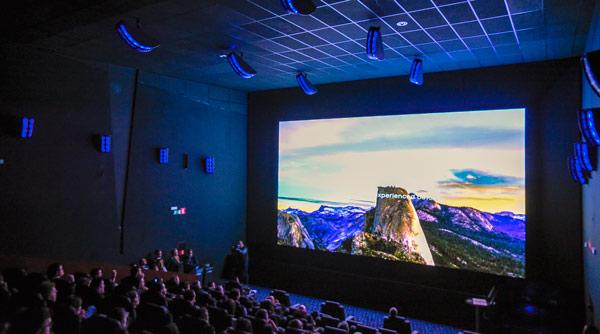 Samsung presenta su primera pantalla LED Onyx en los Cines Sambil