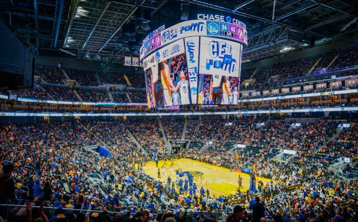 Chase-Center-de-los-Golden-State-Warriors-marcador-central