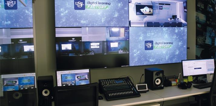 Sistema multipantallas en USIL Digital Learning Factory