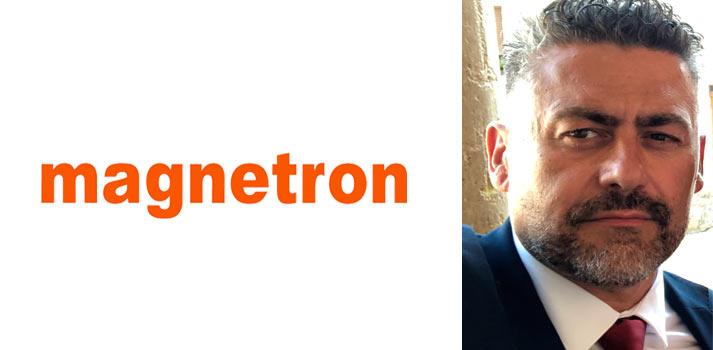 Francisco Gómez, director de la división profesional de Magnetron con el logo de BITAM Show 2019