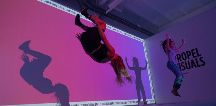 Zona de cámaras elásticas con captación de movimiento en el evento Fuelcell New Balance de Barcelona con WildBytes