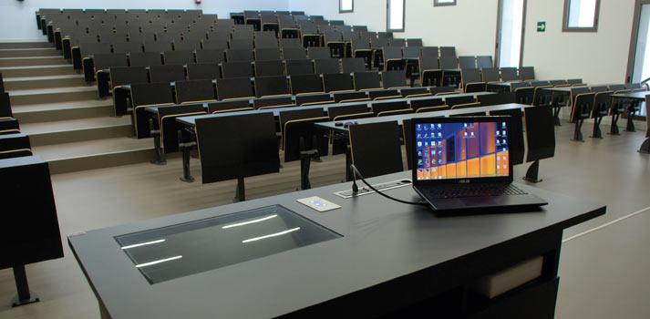 Aula integrada por Genuix en la Universidad Miguel Hernández de Elche