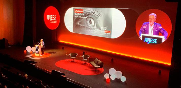 Evento de IESE con soporte audiovisual de Sono