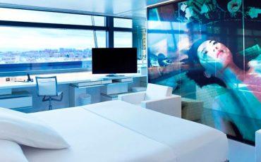Fotografia-promocional-integracion-LG-en-el-hotel-Puerta-America-Madrid