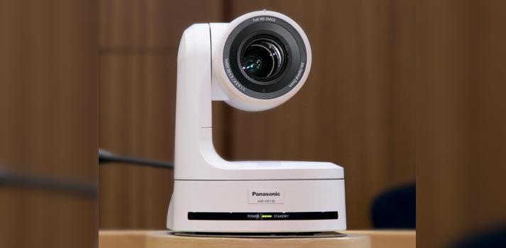 Cámara PTZ integrada por SDI en las Cortes de Castilla La Mancha fabricada por Panasonic