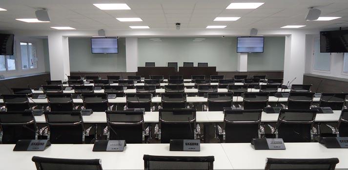 Sistema de megafonía y conferencias implementado por Mediacom 95