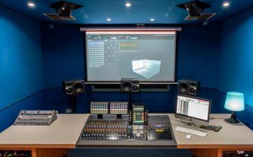 Monitores-de-Neumann-instalados-en-LIPA-Liverpool