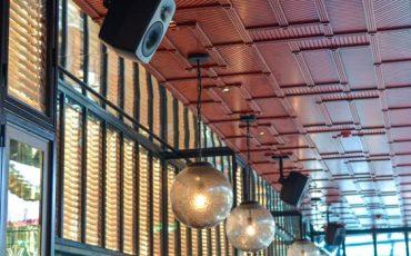Equipos-Genelec-en-el-restaurante-JNcQUOI-Lisboa