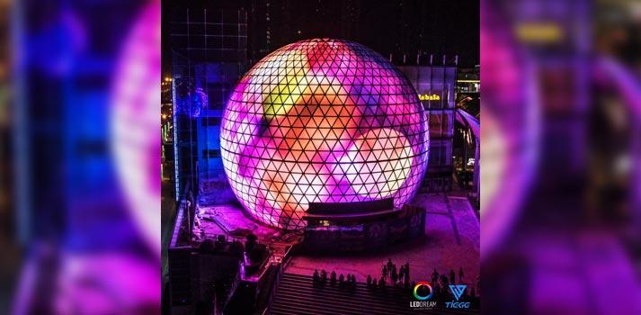 Esfera creada con LEDs fabricados por la empresa Tiege Tech