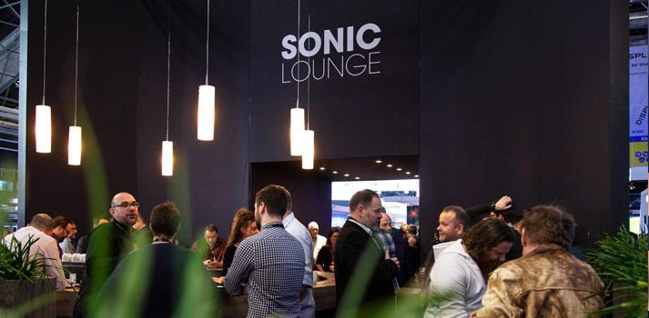 Espacio Sonic Lounge de Meyer Sound en la feria ISE 2020