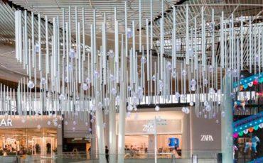 Cilindro-LED-e-iluminacion-centro-comercial-Lagoh