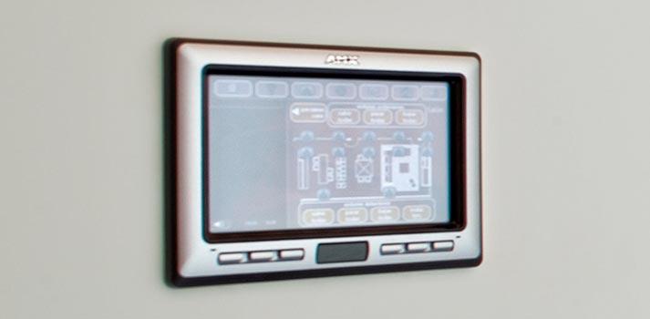 Controlador de sala en una integración residencial