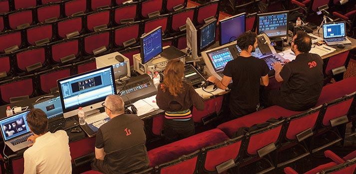Técnicos de vídeo y escena en el Gran Teatre del Liceu