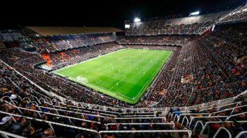 Estadio-Valencia-CF-vista-nocturna