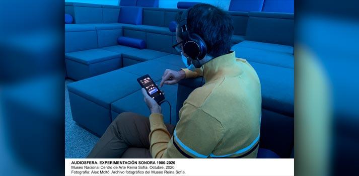 Auricular Audio Technica empleado en la exposición Audiosfera del Museo Reina Sofía