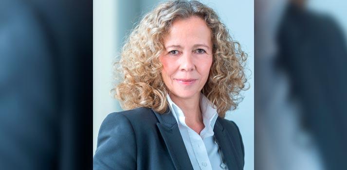 Retrato de Stefanie Corinth, nueva vicepresidente de ventas sénior de NEC