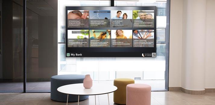 Sistema showcases desarrollado por Movilok en un banco