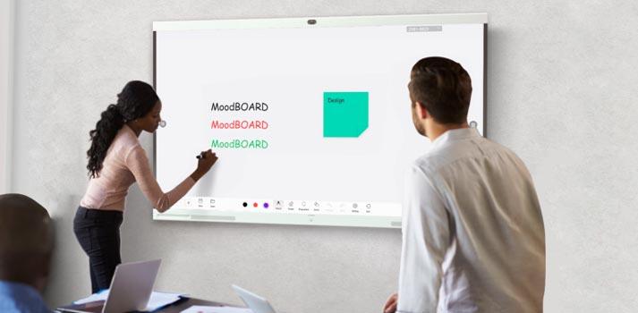 Pizarra inteligente Huawei IdeaHub en un entorno corporativo